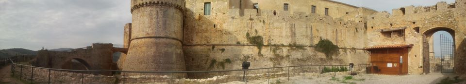 ucsd_chei_projects_castello_svevo_pano_1